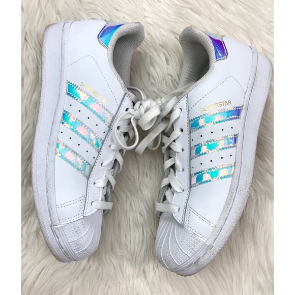 Adidas women's Iridescent stripe sneakers sz 6.5